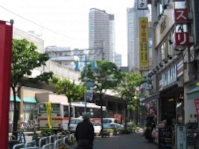 新丸子駅前