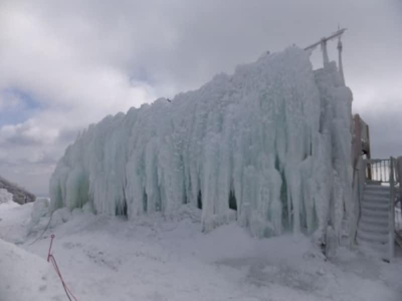 御在所岳の氷瀑(1)