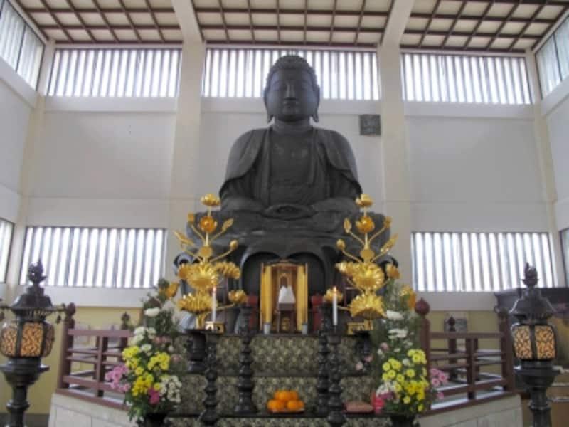 日本で唯一、個人名の付いた大仏...