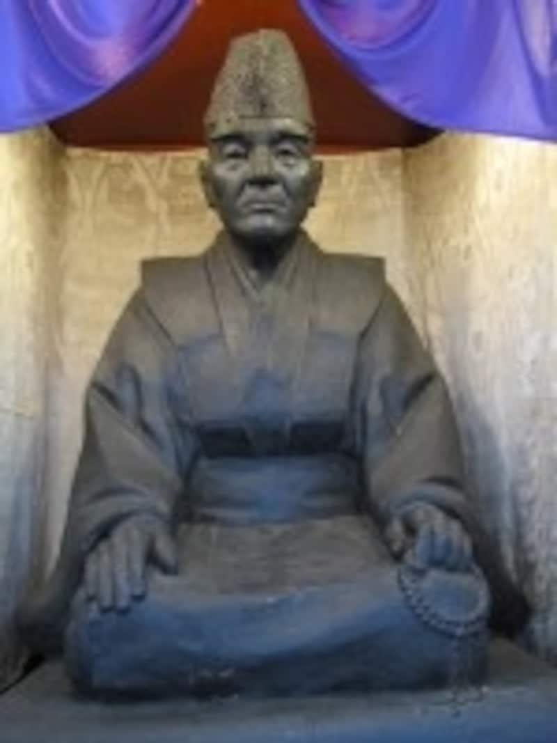 佐吉翁の像
