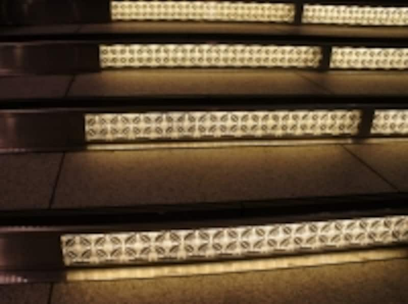 江戸紋様がモチーフの照明
