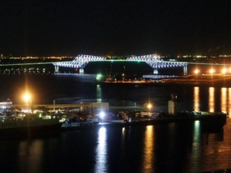 ライトアップが際立った『東京ゲートブリッジ』