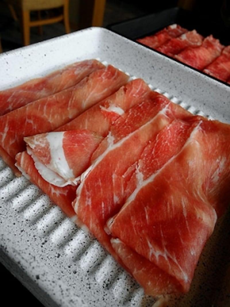 鍋ぞう豚肉と牛肉