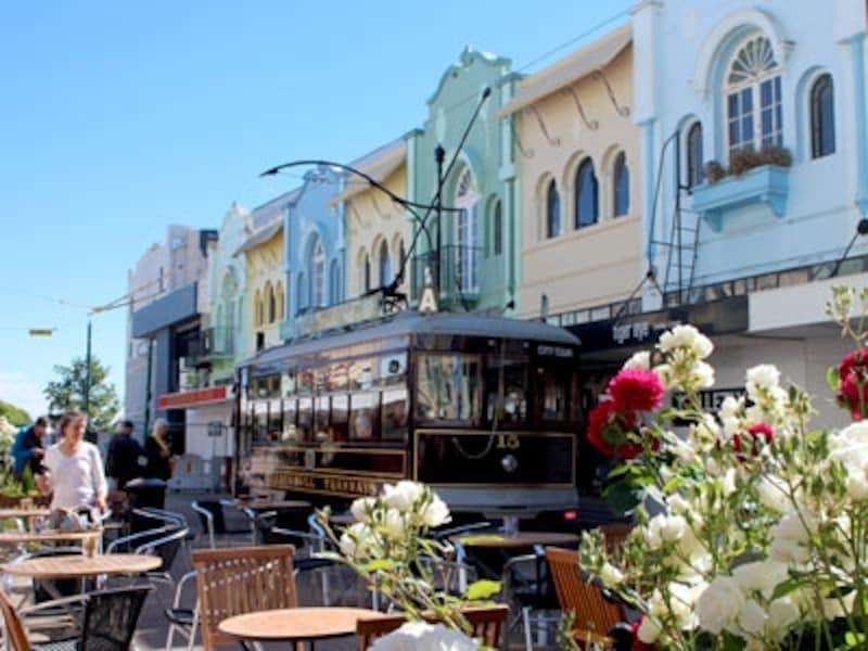 地震前の姿そのままに修復されたニューリージェントストリート