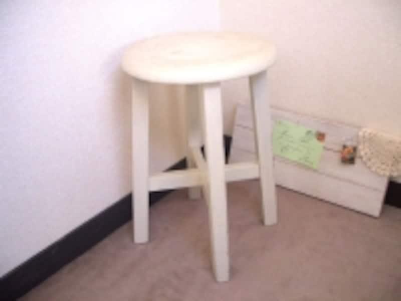 我が家の丸椅子
