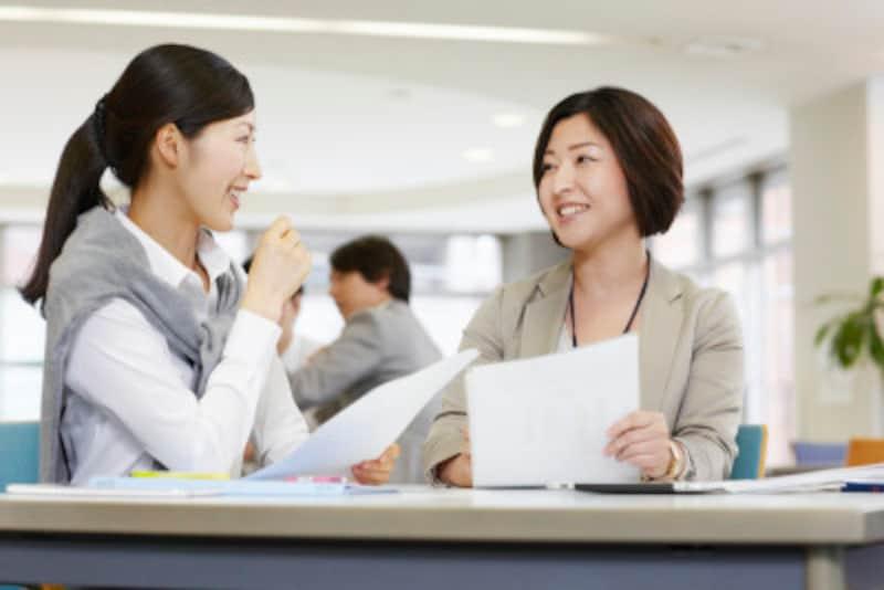 定期的な上司への報告は、アドバイスを頂戴したり、上司を安心させたりと、メリットばかり。