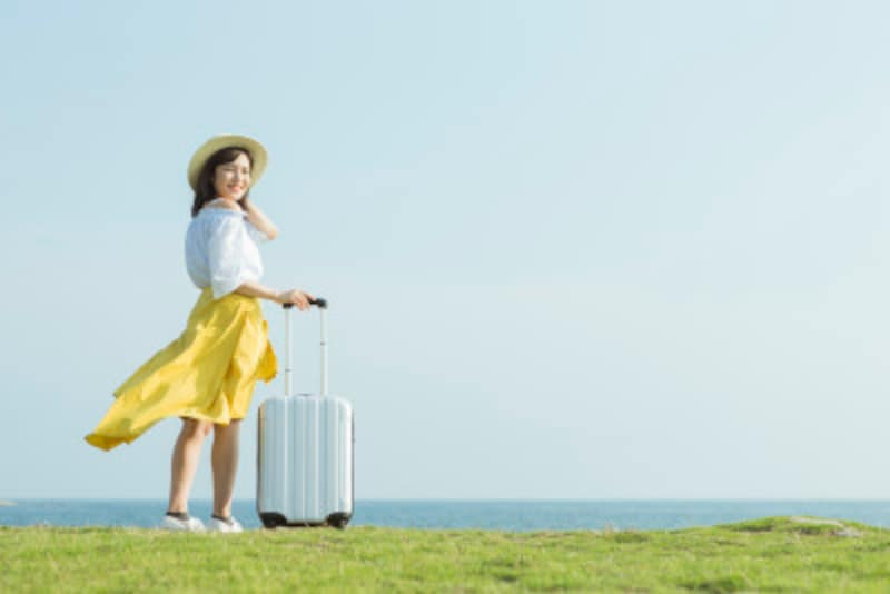 女性一人旅