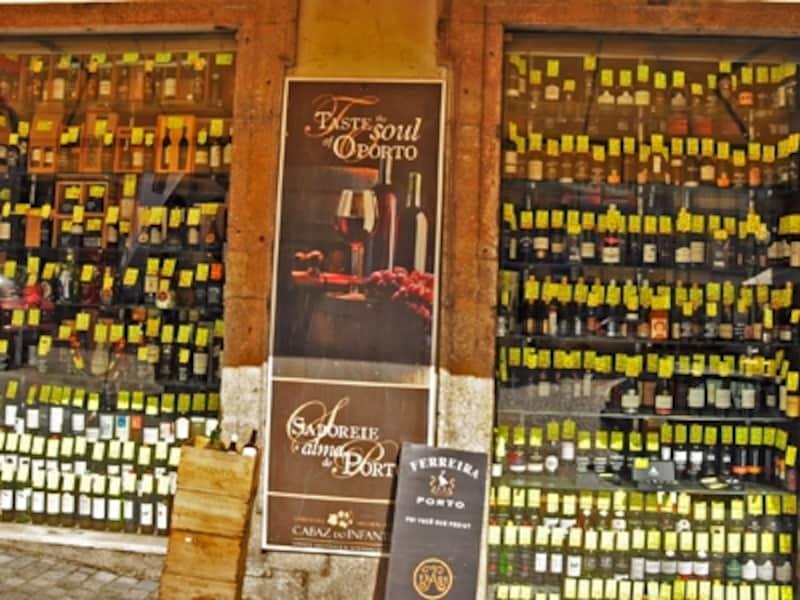 ポルト歴史地区のワイン屋