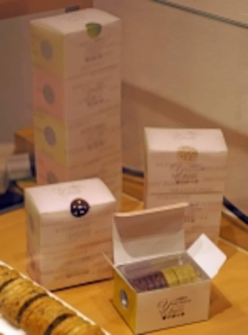 クッキーを10枚(5枚ずつ2種類)から購入できる