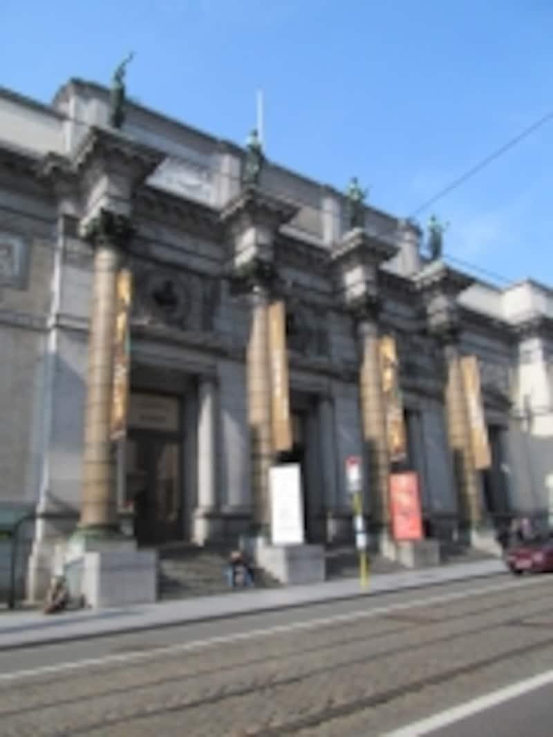 古典美術館側の入り口