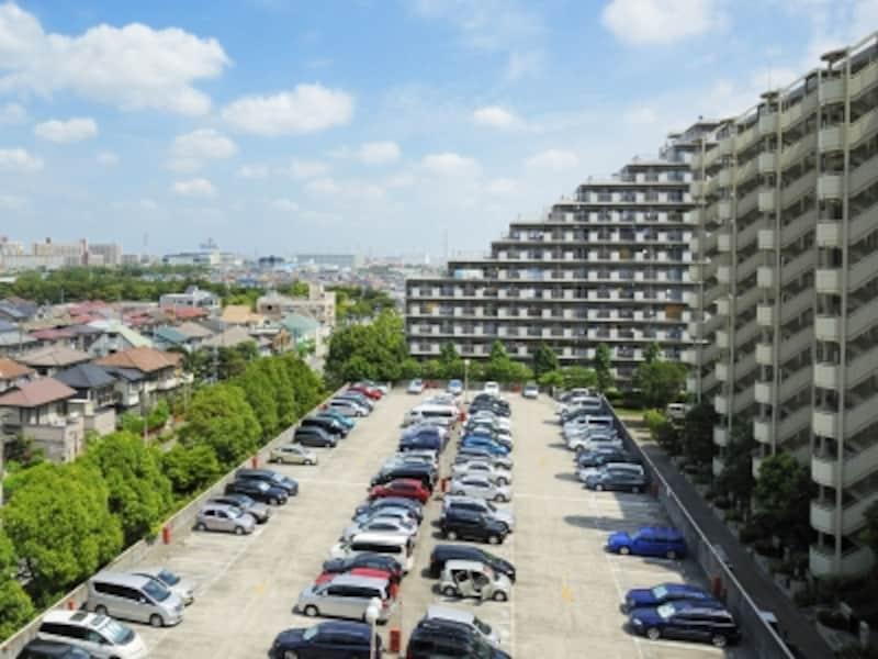 大規模修繕の時期は駐車場が混む