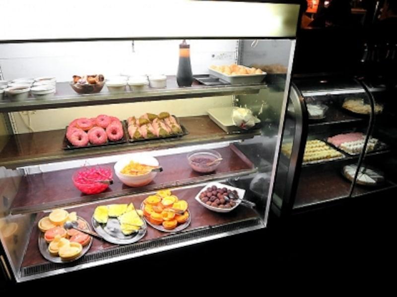 喰喰デザートのブッフェ台