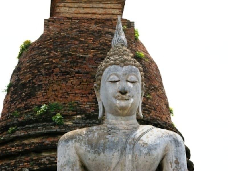 遺跡に行く前にタイの王朝の歴史を少し勉強しておくと更に興味深く見ることができる