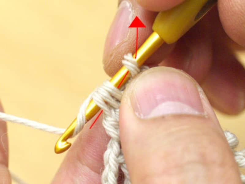 糸をかけて引き抜く