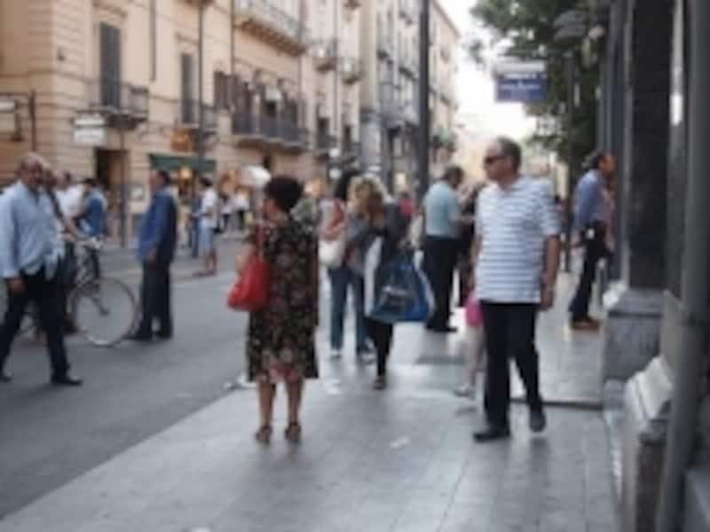 旧市街とはまたひと味違う、新市街の街並み