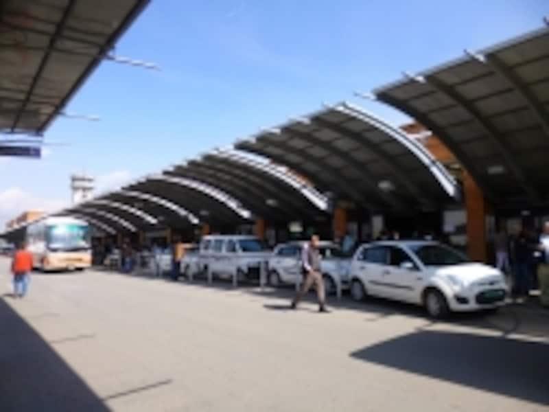 トリブバン国際空港