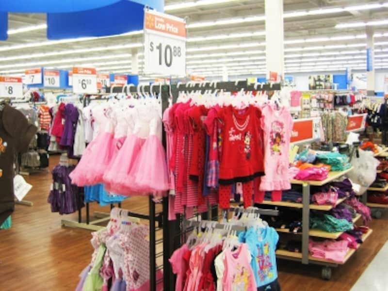 リーズナブルなキャラクターの子供服が豊富