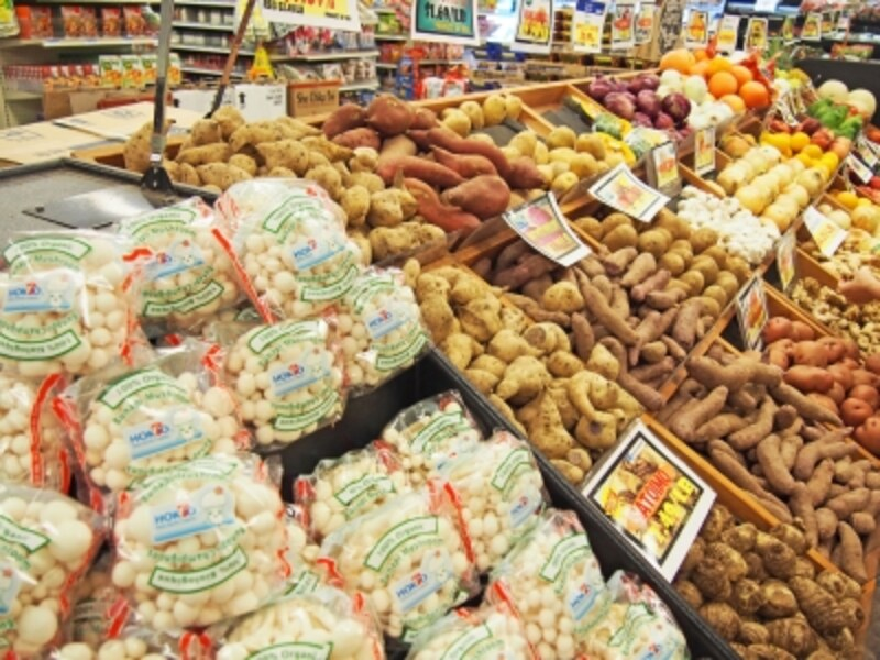 日本でおなじみの食材が揃うニジヤ・マーケットアラモアナ店