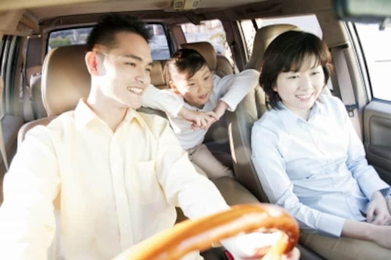自動車税と軽自動車税では、税金の種類が違う!?