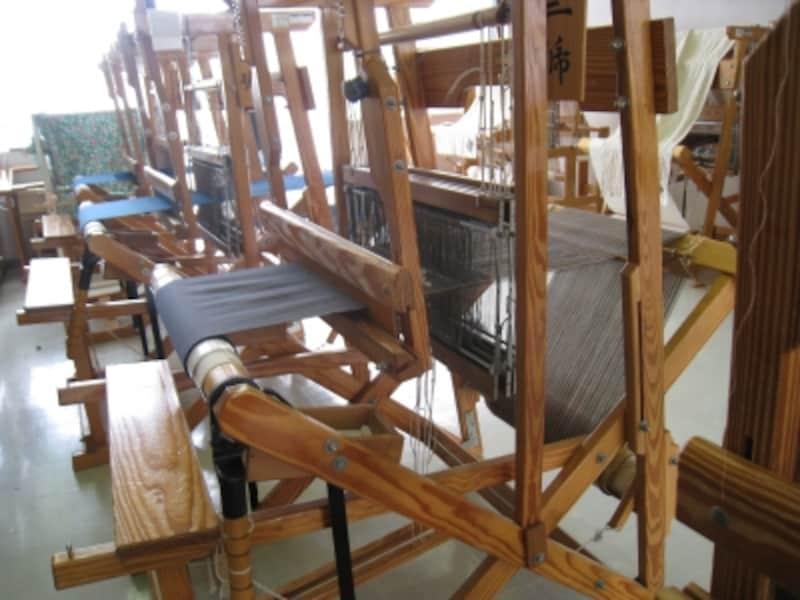 これが機織り機