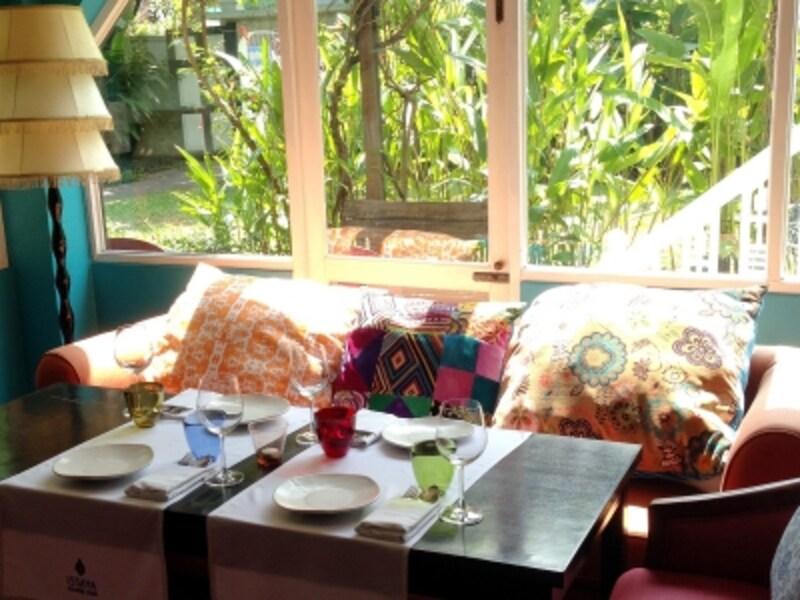 築100年の一軒家を改装した素敵な雰囲気のレストラン「ISSAYA」