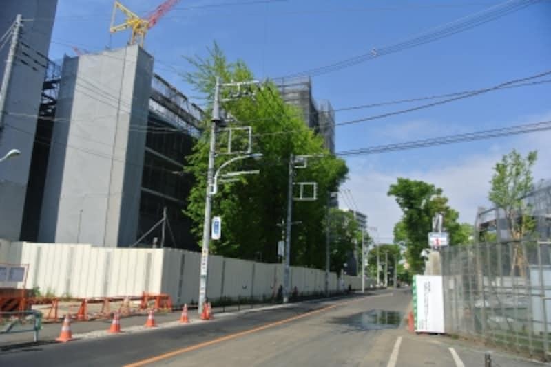 建設中の「クレヴィア豊田多摩平の森RESIDENCE」の現地
