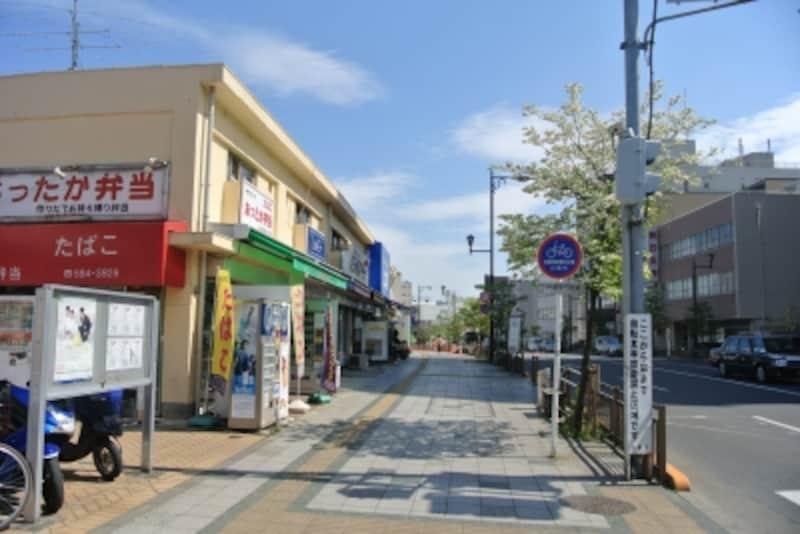 クレヴィア豊田多摩平の森RESIDENCEから駅へ向かう沿道