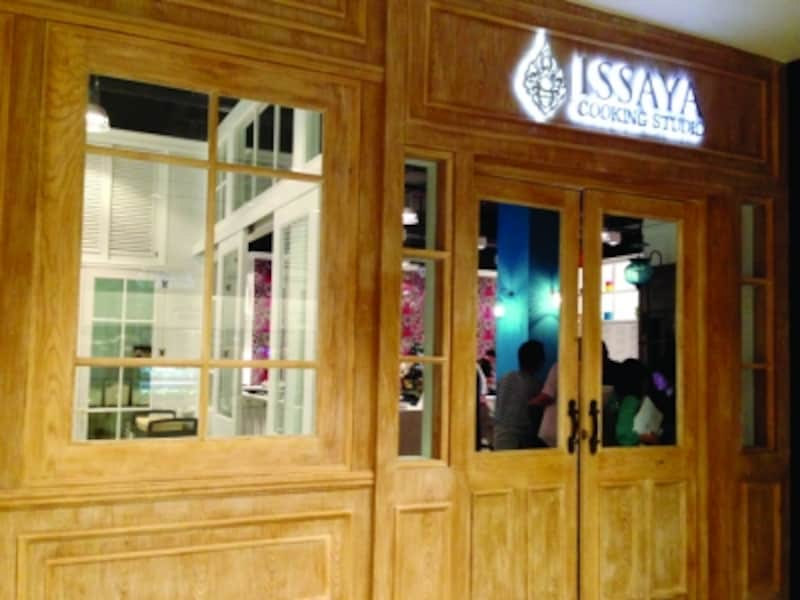 ISSAYAプロデュースのキッチンスタジオ。ツーリスト向けタイ料理クラスがメイン