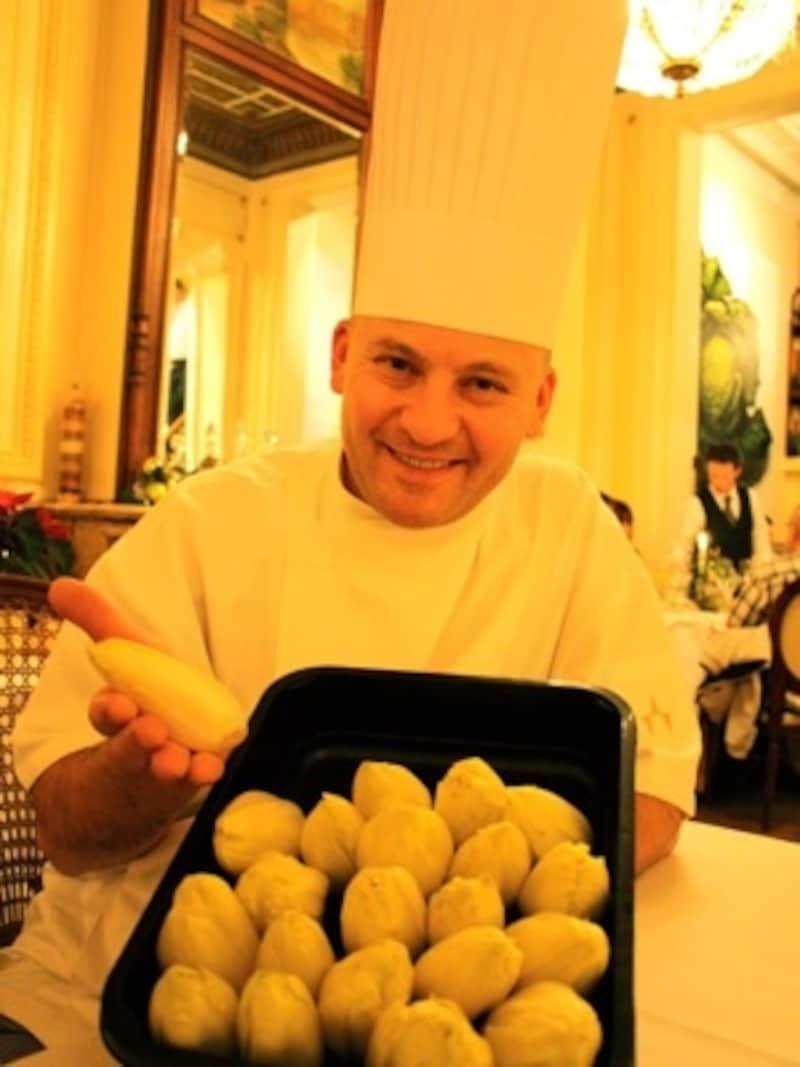 アントワープの名レストラン「HuisDeColvenier」のシェフ、パトリックさんもシコン使いが得意