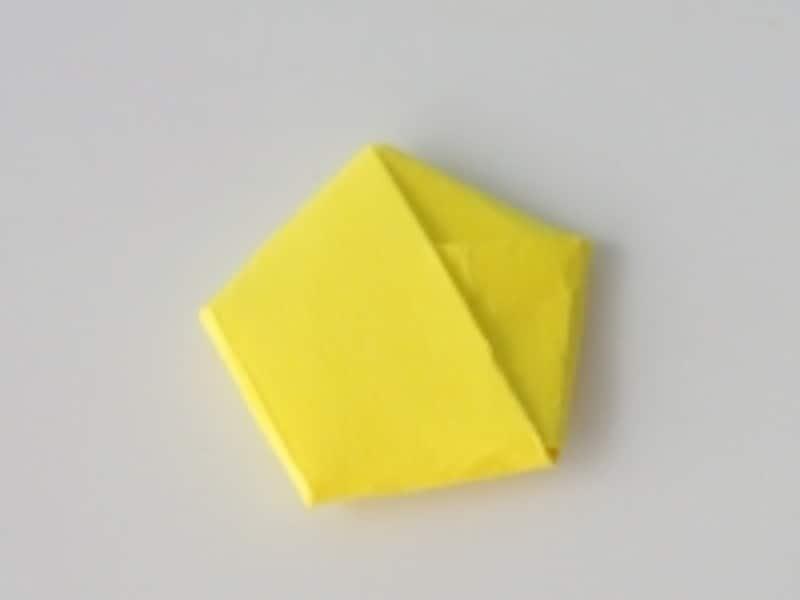 ラッキースター・立体星の作り方6.五角形に