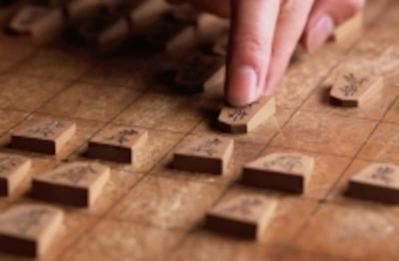 羽生はプロ棋士ではない(イメージ)