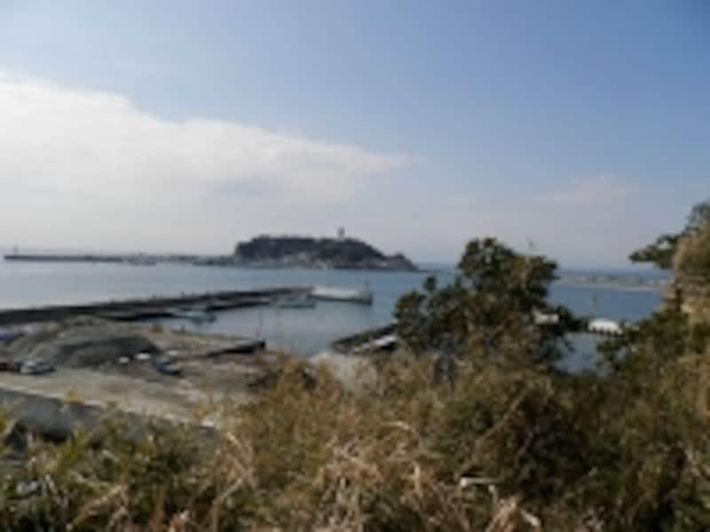 小動岬より望む江ノ島