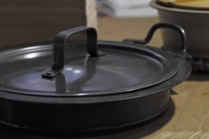 餃子鍋です。重厚で頼もしい。
