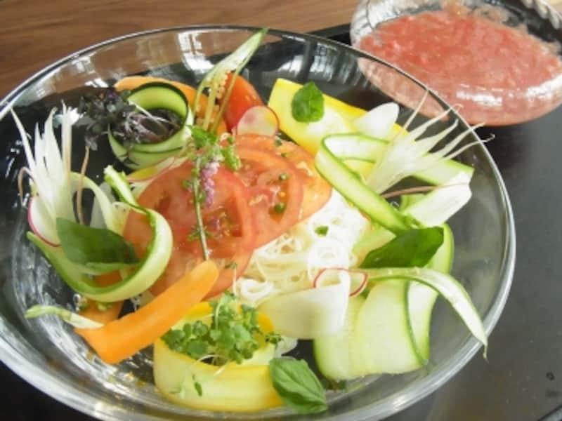 お野菜たっぷりトマトつけ麺undefined1080円
