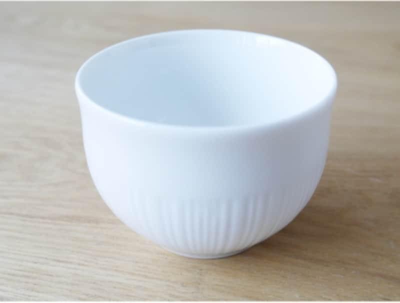 白磁の湯呑(茶器)