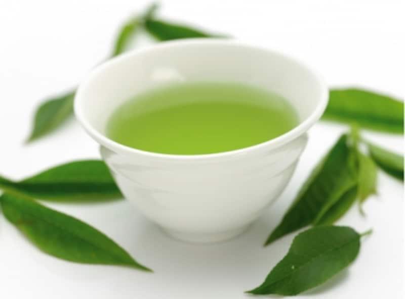 ビタミンC、カテキンを含む緑茶
