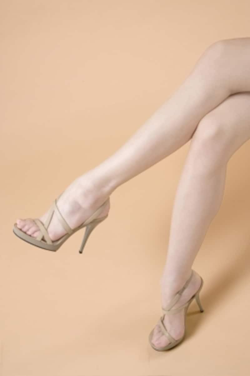 生足に見えて、実は、ストッキングを履いて美脚見せ。