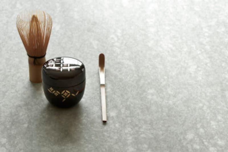 茶道の扇子・ふくさの選び方…茶道を始めるのに必要な7つの茶道具