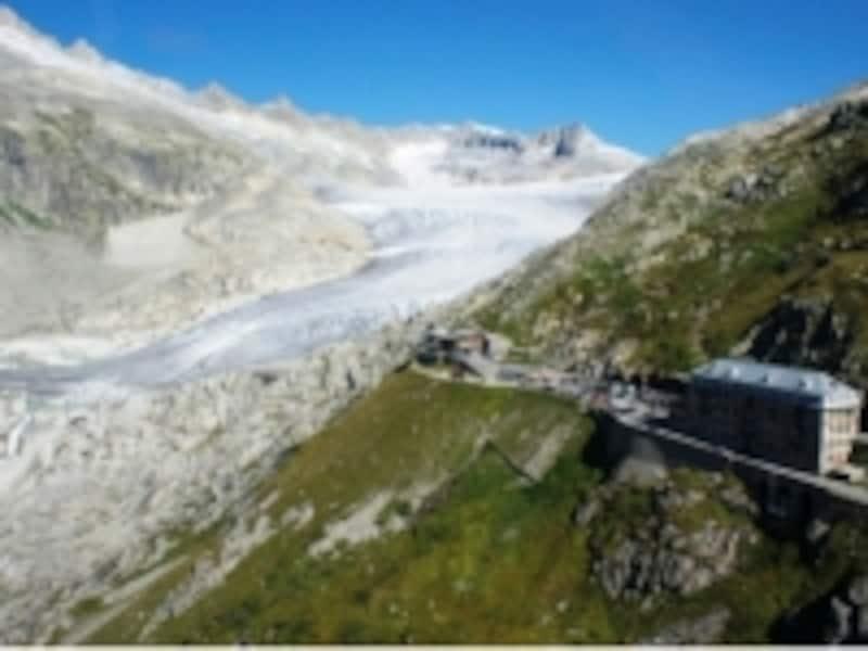 スイスアルプスの氷河