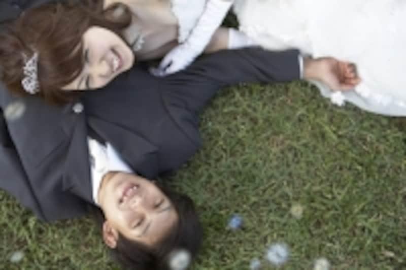 周りが結婚を決めたときは、自分も結婚を意識するタイミング!