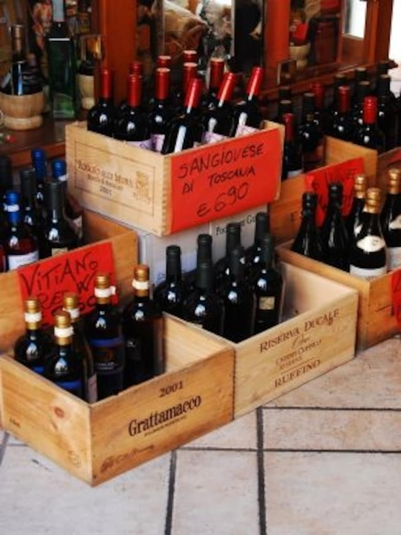 イタリアワインの価格はピンからキリ。せっかく本場に行くならコストパフォーマンスのいい日本未輸入ワインを探したい
