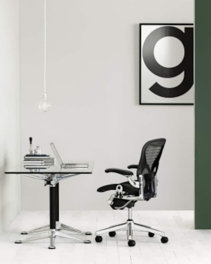 http://storesystem.hermanmiller.co.jp/fs/hmjapan/office_chairs/AE113AWBPJG1BBBK3D01#overview