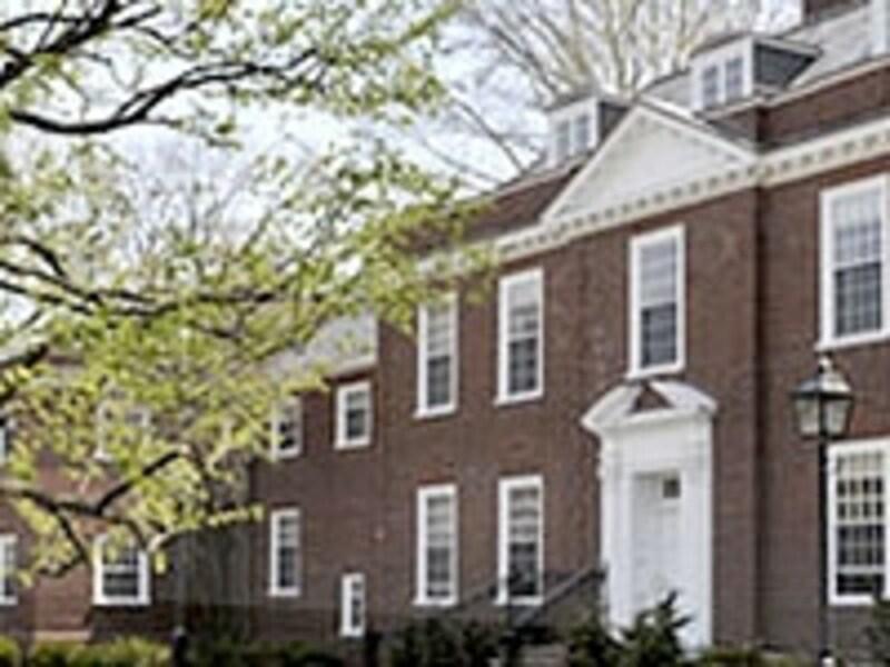 同じMBAでも、学校によりマネージメント、マーケティング、アカウンティングなど、伝統的に強い分野を持つ(写真はハーバード大)。