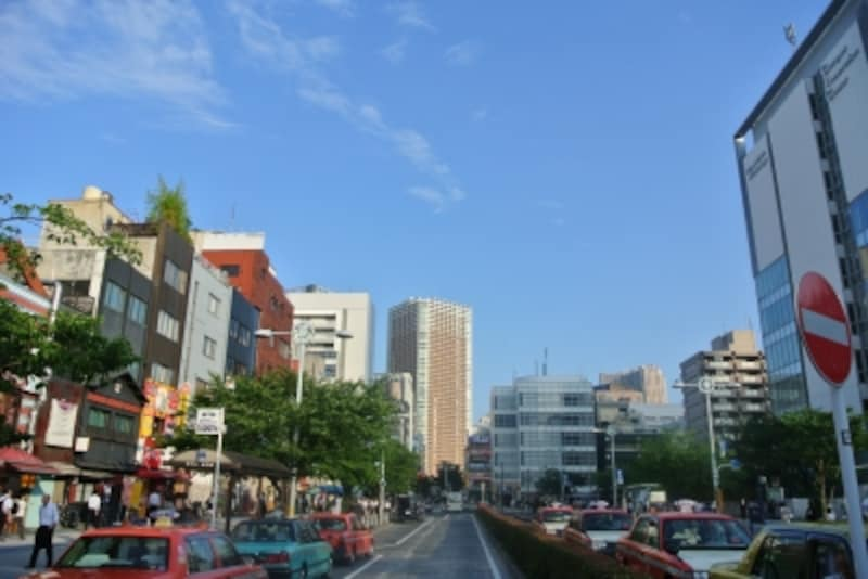 JR山手線「田町」駅の駅前