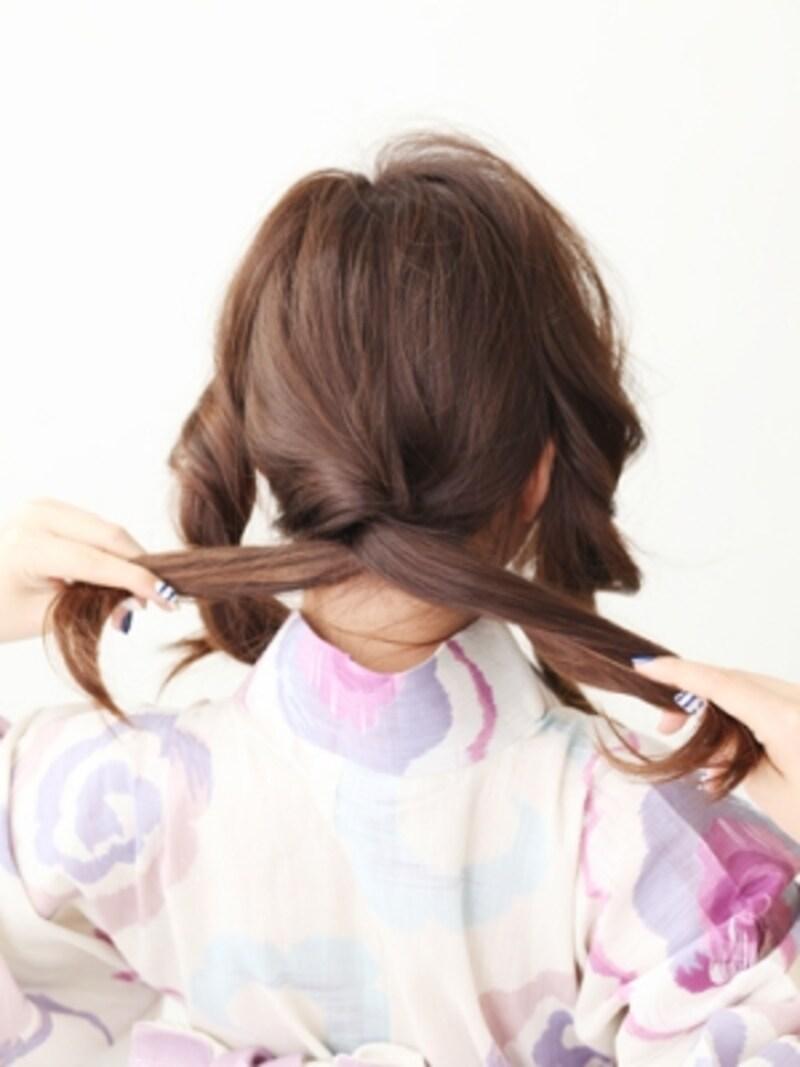 後ろの髪をツイストする