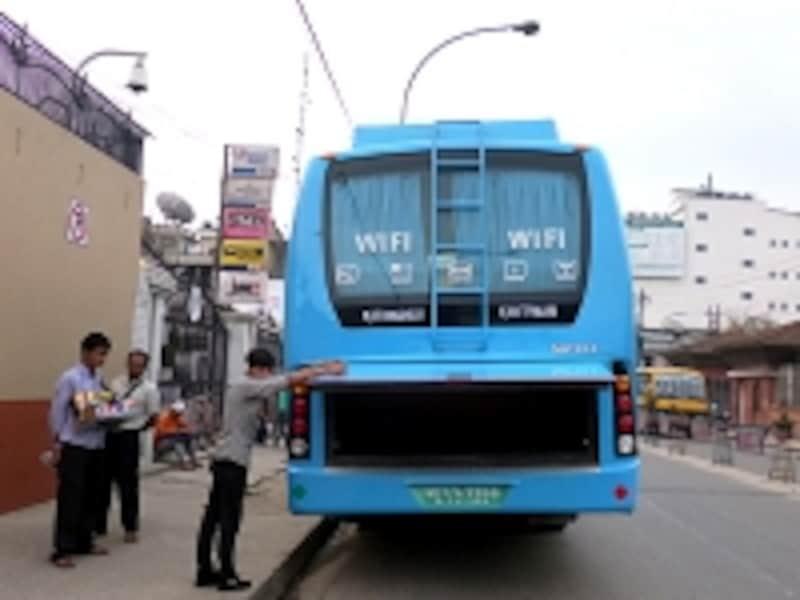 Wi-Fi搭載の長距離バス
