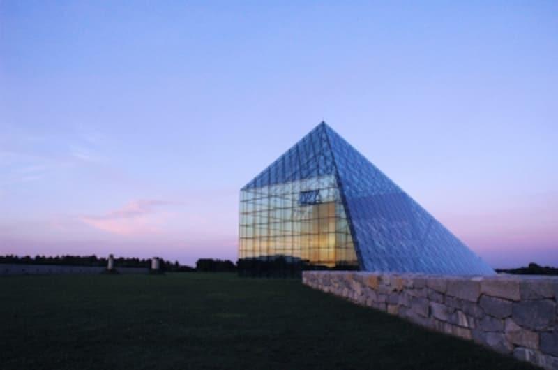 モエレ沼公園ガラスのピラミッド「HIDAMARI」