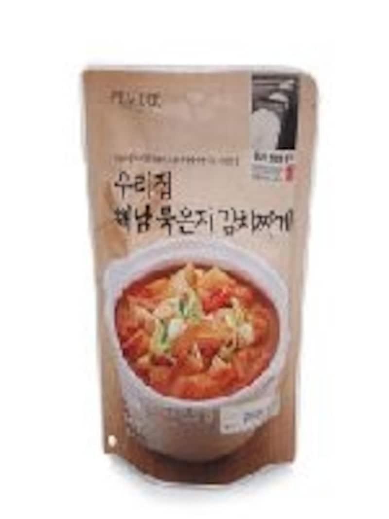自社ブランド食品PEACOCKは、おしゃれなパッケージと控えめ価格が特徴。キムチチゲやサムゲタンなどのレトルトパックなどもあります