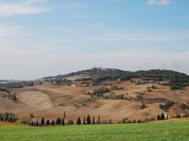絵画のように美しい田園風景が広がる憧れのトスカーナ
