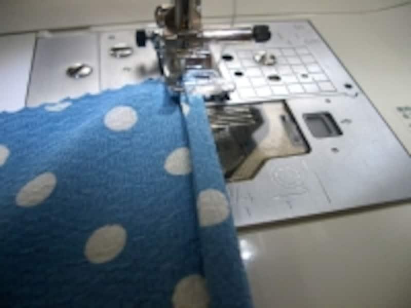 三つ折縫い